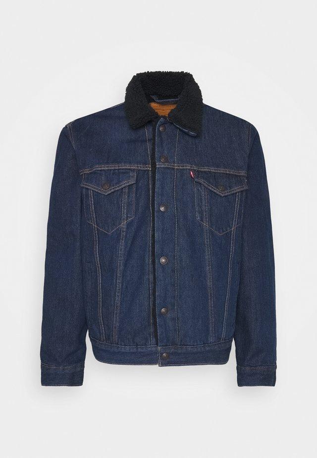 TYPE 3 SHERPA TRUCKER - Denim jacket - evening