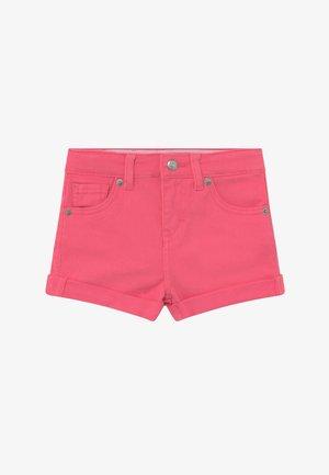 GIRLFRIEND - Shorts di jeans - camellia rose