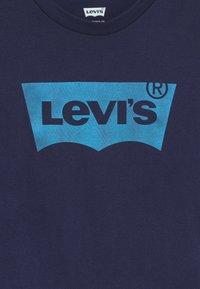 Levi's® - BATWING - T-shirt à manches longues - maritime blue - 3