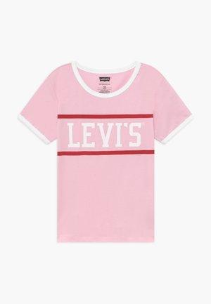 LOGO RINGER TEE - T-shirt imprimé - pink lady
