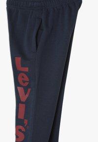 Levi's® - Trainingsbroek - dress blues - 2