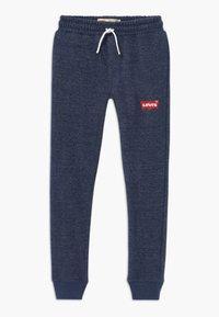 Levi's® - KNIT JOGGER - Pantalon de survêtement - insignia blue - 0