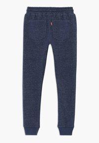 Levi's® - KNIT JOGGER - Pantalon de survêtement - insignia blue - 1