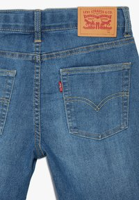 Levi's® - 510 SKINNY - Denim shorts - low down - 4
