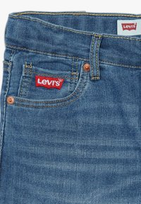 Levi's® - 510 SKINNY - Denim shorts - low down - 2