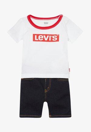 STRETCH SET - Short en jean - white