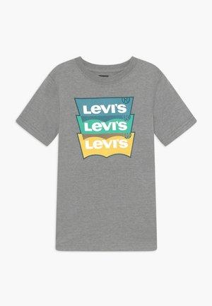 BATWING OVERLAP TEE - T-Shirt print - grey
