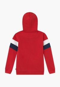 Levi's® - LOGO HOODIE - Sweatjacke - super red - 1