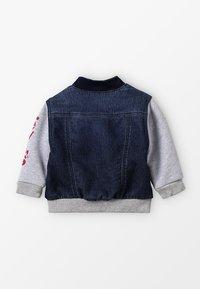 Levi's® - JACKET CLIF BABY - Mikina na zip - indigo - 2