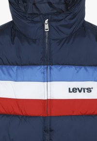 Levi's® - COLOR BLOCK - Zimní bunda - dress blues - 4
