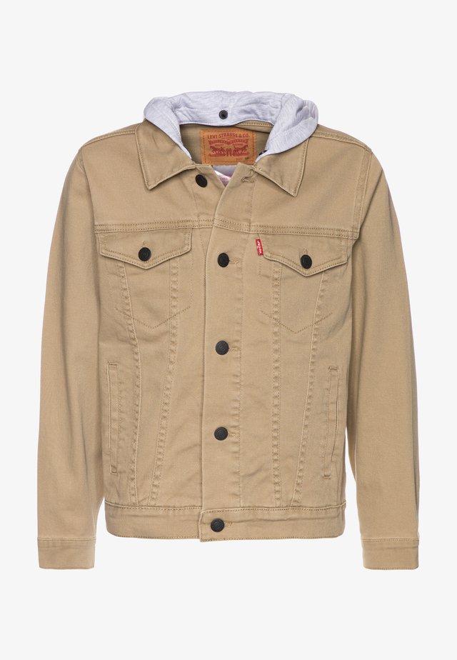 HODDED TRUCKER - Denim jacket - harvest gold