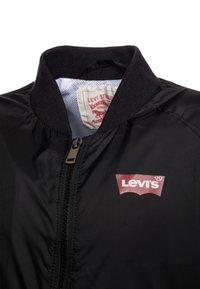 Levi's® - Bomber bunda - black - 3
