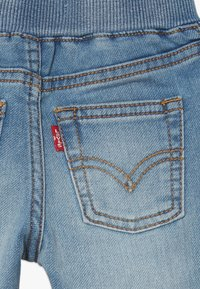 Levi's® - 6E7772 - Jeans Tapered Fit - river run - 4