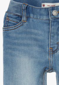 Levi's® - 6E7772 - Jeans Tapered Fit - river run - 2