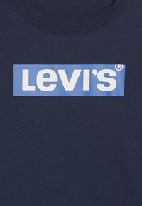 Levi's® - BOX TAB - Top s dlouhým rukávem - dress blues/prince blue - 3