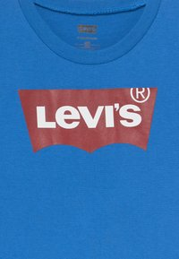 Levi's® - BATWING TEE - T-shirts med print - prince blue - 3