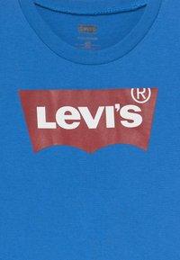 Levi's® - BATWING TEE - T-shirt imprimé - prince blue - 3
