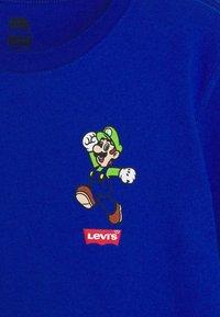 Levi's® - LUIGI MAMMA MIA TEE - Print T-shirt - game royal - 2