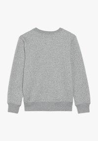 Levi's® - BATWING CREWNECK - Sweater - grey heather - 1