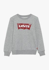 Levi's® - BATWING CREWNECK - Mikina - grey heather - 0