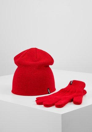 RUBY GIFT SET - Rękawiczki pięciopalcowe - brilliant red