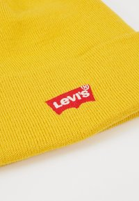 Levi's® - BATWING EMBROIDERED SLOUCHY BEANIE - Mössa - regular yellow - 4