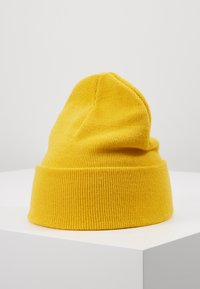 Levi's® - BATWING EMBROIDERED SLOUCHY BEANIE - Mössa - regular yellow - 2