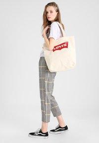 Levi's® - BATWING TOTE - Shopping bags - ecru - 1