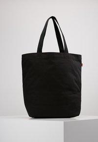 Levi's® - BATWING TOTE - Tote bag - regular black - 2