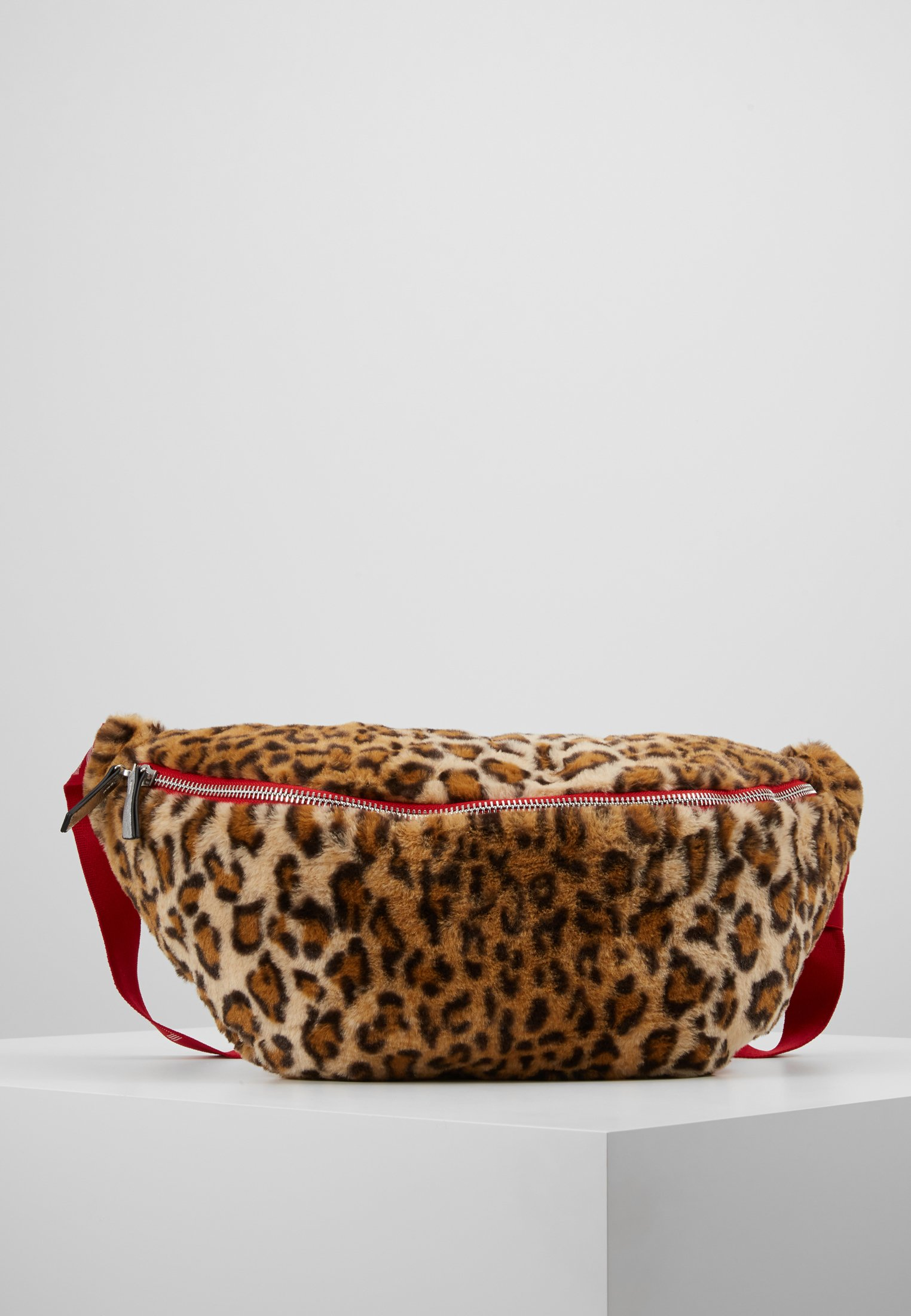 Leopard Brown Levi's® Banane Light SlingSac b6gY7fIyv