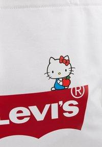 Levi's® - HELLO TOTE - Shopping bag - regular white - 6