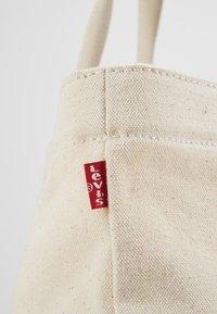 Levi's® - ORIGINAL LEVI'S - Shopper - ecru - 6