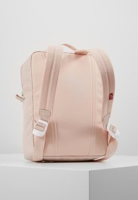 Levi's® - THE LEVI'S® L PACK BABY - 600D - Reppu - light pink - 2