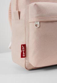 Levi's® - THE LEVI'S® L PACK BABY - 600D - Reppu - light pink - 6