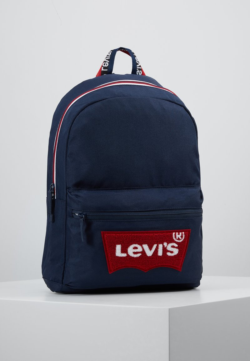 Levi's® - MULTI ZIP BATWING BACKPACK - Batoh - dress blues