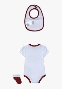Levi's® - SNOOPY BABY SET - Body - white - 1