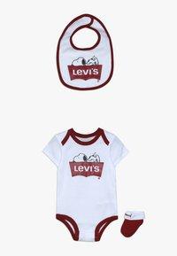Levi's® - SNOOPY BABY SET - Body - white - 0
