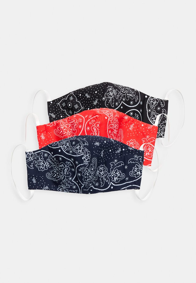 REUSABLE BANDANA FACE COVERING 3 PACK - Tygmasker - blue/black/red