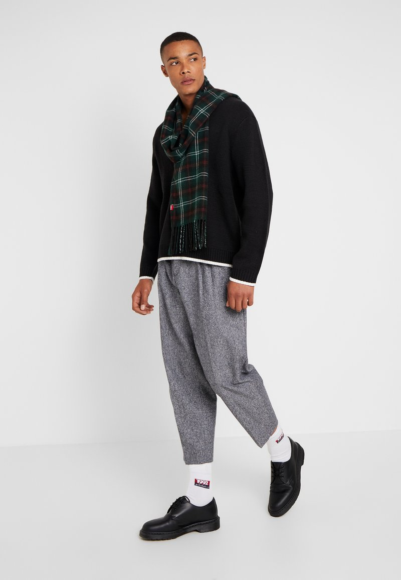 Levi's® - CUMMINGS PLAID OBLONG - Halsduk - dark green