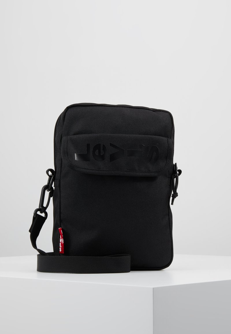 Levi's® - SERIES CROSS BODY - Bandolera - regular black