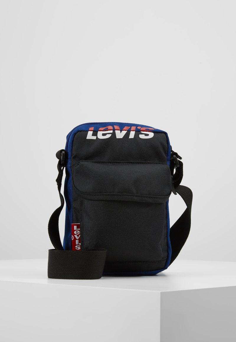 Levi's® - SERIES SMALL CROSS BODY COLOR BLOCK - Borsa a tracolla - royal blue