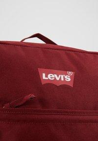 Levi's® - PACK SLIM BATWING - Tagesrucksack - dark bordeaux - 7