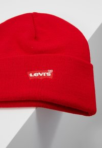Levi's® - BATWING EMBROIDERED SLOUCHY BEANIE - Bonnet - brilliant red - 5