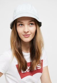 Levi's® - WASHED BUCKET HAT - Cappello - light blue - 4