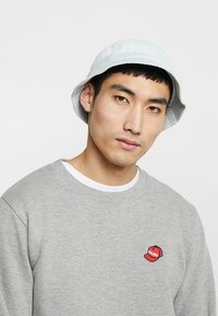 Levi's® - WASHED BUCKET HAT - Cappello - light blue - 1
