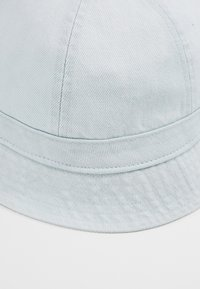 Levi's® - WASHED BUCKET HAT - Cappello - light blue - 6