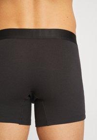 Levi's® - MEN PREMIUM BOXER BRIEF 3PACK - Shorty - black - 2