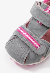 Superfit - FANNI - Lær-at-gå-sko - grau - 5