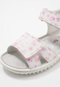Superfit - SPARKLE - Sandals - weiß - 5