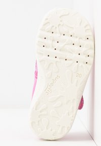 Superfit - SPOTTY - Chaussons - rosa - 4